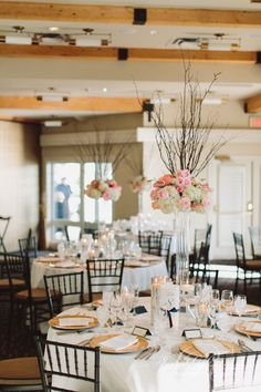 Jaw-Dropping Gorgeous Wedding Flower Ideas - Featured Event Design: Rachel A. Clingen Wedding & Event Design; Featured Photographer: Mango Studios