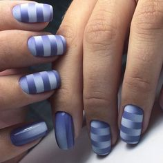 24 Most Popular Nail Art Designs to Look Awesome on Parties Nail Art Stripes, Striped Nails, Blue Nails, Blue Stripes, Periwinkle Nails, Nail Art Vernis, Nail Art Noel, Silver Nail Art, Silver Ombre