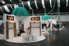 Pop Up Shop Lucuix - aminuscula Stands, Exposiciones y Arquitectura Efímera