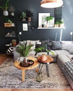 25 Safari Decorating Ideas For Living Room Dark Living Rooms, Home Living Room, Living Room Designs, Living Room Decor, Living Room Inspiration, Home Decor Inspiration, Minimal Decor, Cool Rooms, Room Colors