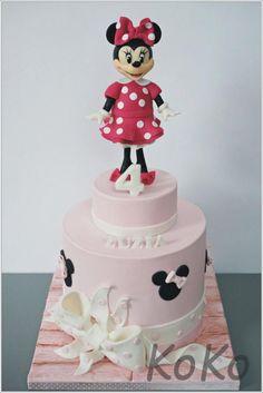 Minnie mouse - Cake by KoKo