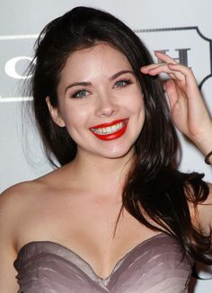 grace phipps...<3 her smile, beautiful!