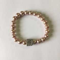 """Pearl bracelet with charm. Pearl bracelet. Each cost $8. This will be free gift if you purchase stuffs that is more then $30 ✨Price is negotiable. But offer me throw the """"OFFER BUTTON"""" ✨ If you have questions then comment.  ✨ free samples with $30+ stuffs  ✨10% off with 2+ bundle. Accessories"""