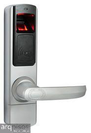 Representante D-Lock Fechaduras Biométricas Abra a Porta com a sua DIGITAL! Fechadura Biométrica DL4500 : Capacidade para 120 usuários - 4 modos de abertura,Cartões e digitais são configurados na própria fechadura, sem necessidade de software. 1 ano de garantia contra defeitos de fabricação. #segurança #fechadurabiometrica #fechaduradigital.