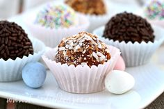 This is a fantastic truffle recipe on it's own, but I couldn't resist hiding one of my favorite Easter chocolates inside. Because the only thing better than chocolate is more chocolate! I tried t...