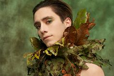 Lace Leaf Collar by Nicole Dextras A collar made from Magnolia leaves reminiscent of the Van Dycke collars of the century. Real Plants, Live Plants, Faerie Costume, Dedicated Follower Of Fashion, Magnolia Leaves, Body Adornment, Fantasy Costumes, Lilac Flowers, High Art