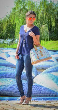 Fashion Outfit by Pamela. Jeans, Louis Vuitton Handbag, high heels & Ray Ban Sunglasses