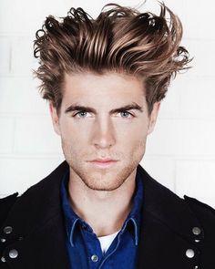 Haircut by samwines_ http://ift.tt/2184rHL #menshair #menshairstyles #menshaircuts #hairstylesformen #coolhaircuts #coolhairstyles #haircuts #hairstyles #barbers
