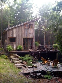 Green Style: A Secluded Cabin To Get Away From It All | Apartment Therapy