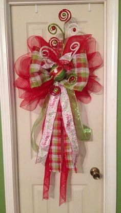 Awesome Tips To Protect Your Fruits From Birds Using Bird Netting Mesh Bows, Mesh Ribbon, Ribbon Bows, Christmas Tree Toppers, Christmas Wreaths, Christmas Decorations, Christmas 2016, Christmas Stuff, Deco Mesh Wreaths