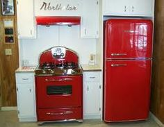 Vintage Kitchen Northstar retro kitchen appliances, These can be purchased from this company and come in several different colors and are up to standards for the century! But, look so vintage! Red Appliances, Vintage Kitchen Appliances, Vintage Kitchen Decor, Bosch Appliances, Electrical Appliances, Electronic Appliances, Kitchen Cabinets, Vintage Stoves, Retro Stoves