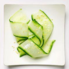 20 Kid-Friendly Veggies: Week One: Make Familiar Veggies More Fun Cucumber ribbon salad Healthy Kids, Healthy Snacks, Healthy Recipes, Healthy Eating, Veggie Dishes, Vegetable Recipes, Vegetable Ideas, Toddler Meals, Kids Meals