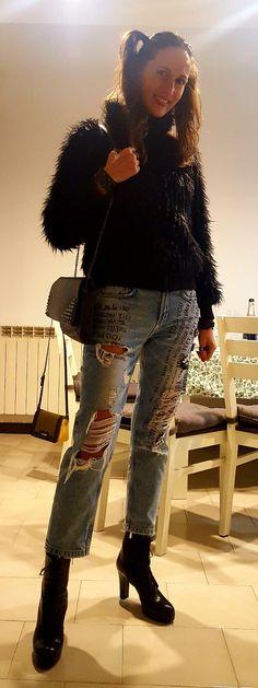 Model Flaminia. #jeans Zara #look dark doll