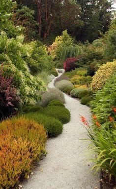 KITSAP GARDENS | Bremerton garden seeks locals' attention - Story