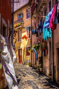 Alfama, Lisbon , Portugal - lovely place to go! #travel #Portugal