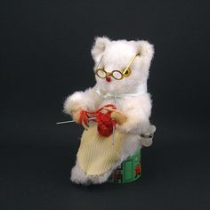 Vintage Mechanical Toy - Grandma Teddy Bear Knitting - Wind-up Toy - Made in Japan circa 1960s - Working Condition