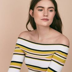 How to wear off-the-shoulder, your new spring staple.