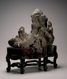 Chinese Gongshi. Lingbi Stone.