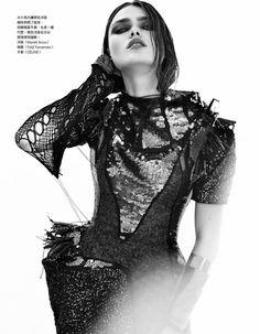 """""""Dark Angel"""" : Sophie Vlaming : Vogue Taiwan October 2011 : Ceen Wahren"""