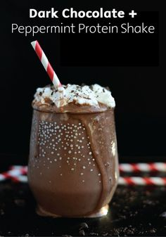Smoothie Recipes dark chocolate peppermint protein smoothie - These healthy protein shake recipes for weight loss can deliver the body of your dreams—and, even better, taste like indulgent desserts! High Protein Snacks, High Protein Smoothies, Healthy Protein Shakes, Protein Smoothie Recipes, Chocolate Protein Shakes, Chocolate Chocolate, Whey Protein, Morning Protein Shake, Recipes