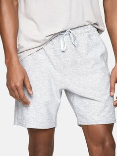 The go-to versatile short for everyday activity. Made in durable, mid-weight Textured Compression with a classic fit and easy stretch. Summer Shorts Outfits, Casual Summer Outfits, Short Outfits, Young Men's Summer Fashion, Teen Guy Fashion, Cute Country Outfits, Pretty Outfits, Beautiful Outfits, Mens Cotton Shorts