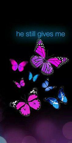 My husband still gives me butterflies ♡
