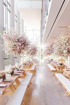 Legende Elegante Hochzeit im Toronto Royal Conservatory of Music - Dekoration Site / 2019 Wedding Themes, Wedding Designs, Wedding Colors, Decor Wedding, Wedding Altars, Wedding Photos, Wedding Dresses, Elegant Wedding, Floral Wedding