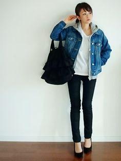 Ami Amiのパンプス「7cmヒール美脚ポインテッドトゥパンプス ブラックエード 36」を使ったu.e.made*のコーディネートです。WEARはモデル・俳優・ショップスタッフなどの着こなしをチェックできるファッションコーディネートサイトです。