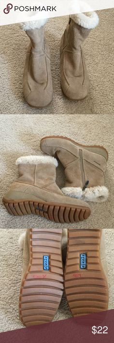 Studio Brillant Tan Boots Leather upper (suede) with warm lining and fur around the top.  Zipper on inside of each boot.  Boots are insulated.  1 1/2 inch wedge.  Good condition.  A few tiny marks on suede 1 on last picture on heel rub mark. Studio Brillant Shoes Winter & Rain Boots