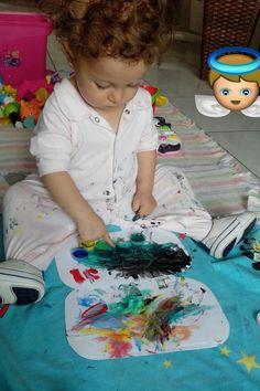 Primeiras pinturas a mão.