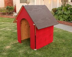 PLY90 dog house