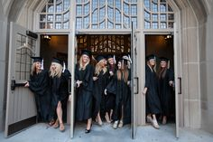Such a great idea for a photo! 2012 Purdue grads of Alpha Phi » Brian Powell Photography