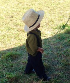 Little Amish boy, Lancaster County