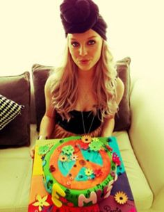 Perrie with one of her cakes!
