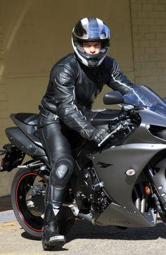Leather Men, Leather Pants, Motorbike Leathers, Motorcycle Suit, Riders On The Storm, Biker Gear, Moto Jacket, Motorbikes, Superman