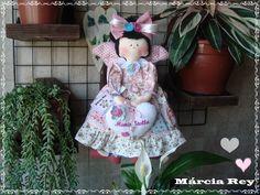 Boneca de pano Maria Stella.