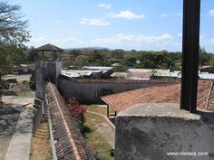 The La Polvora fortress is located at the end of the Calle Real street. From here, there is a view of not only the city of Granada, but also Lake Managua and the Mombacho Volcano.