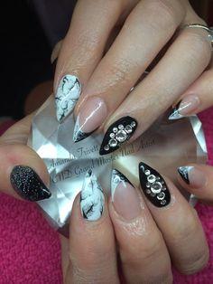 We are absolutely loving these nails by Amanda Trivett @nailsashburton CNDshellac marbling #lovelecente glitter & Swarovski Crystals.
