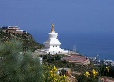 Costa del Sol in southern Spain. Unbelievable views from the Temple up an down the coast. Benalmadena Spain, Buddhist Temple, Andalusia, Burj Khalifa, Days Out, Malaga, Statue Of Liberty, Places To Go, Things To Do