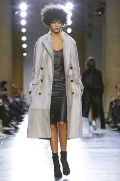Topshop Unique Fashion Show Ready To Wear Collection Fall Winter 2016 in London