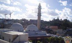 استئناف بناء فندق على أراض الوقف الاسلامي في يافا قرب مسجد المحمودية يولد غضب يافاوي كبير