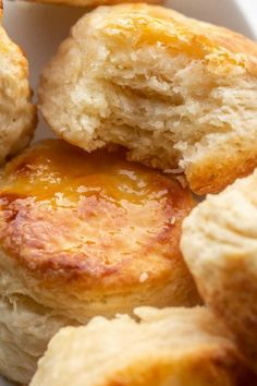 Soft and buttery homemade buttermilk biscuits loaded with flavors. A classic biscuit recipe that everyone will love. #letthebakingbegin #biscuits #biscuitrecipe #bread #breakfast