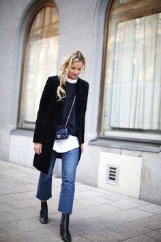 Raw-edge jeans // Combineer deze stoere jeans met onafgewerkte zoom met nettere stukken als een blouse en pumps en je waant je direct in Fashion Week. De cropped flare // We waren al dol op lange flares, maar deze cropped variant is zeker op de wat warmere dagen meer dan welkom. Denim culottes // Hou […]