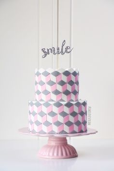 Linda Krause -Cakeslovescream(below)     Sharleen Walton -Sweet Celebrations Patisseries (below)  Eliza Stubbings - Copper Fork Cak