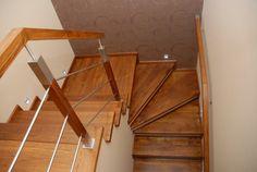 PIERZCHAŁA STOLARSTWO - schody drewniane Nowy Sącz, drzwi drewniane, producent schodów, stolarka budowlana, parkiety, podbitki, Nowy Sącz, małopolska Stairways, Entryway, Wood, Furniture, Home Decor, Tips, Image, Stairs, Banisters
