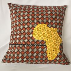 Yellow Africa ShweShwe Cushion Cover by AfricanSwellCreation on Etsy… African Interior, African Home Decor, Scatter Cushions, Cushions On Sofa, Throw Pillows, African Textiles, African Fabric, Lion King Nursery, Seshoeshoe Designs