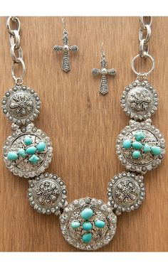M&F Products® Silver Horse Concho Jewelry Set Products® Silver Cross & Turquoise Concho Jewelry Set 29523 Cowgirl Bling, Cowgirl Jewelry, Western Jewelry, Cowgirl Chic, Bling Bling, Country Girl Jewelry, Hippy Chic, Silver Horse, Scarf Jewelry