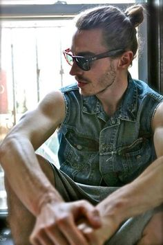 This perfect human being | Community Post: 20 Man Buns That Will Ruin You For Short-Haired Guys