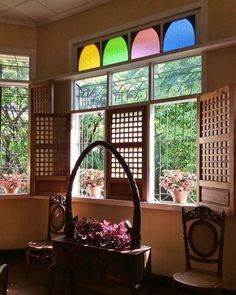 Budget Biyahera: Rediscovering 6 of Quezon City's Main Attractions Bamboo House Design, Bungalow House Design, Bahay Kubo Design, Old Style House, Filipino Architecture, Filipino House, Asian Inspired Decor, Home Decor Near Me, Living Room Decor Inspiration