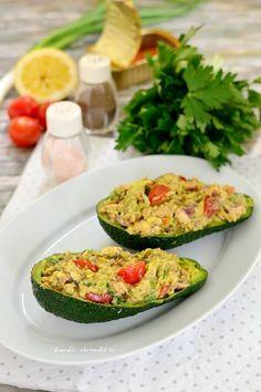 Aperitive și gustări Archives | Pagina 2 din 6 | Bucate Aromate Food Platters, Diet Menu, Avocado Egg, Raw Vegan, Entrees, Zucchini, Vegetarian Recipes, Guacamole, Bacon